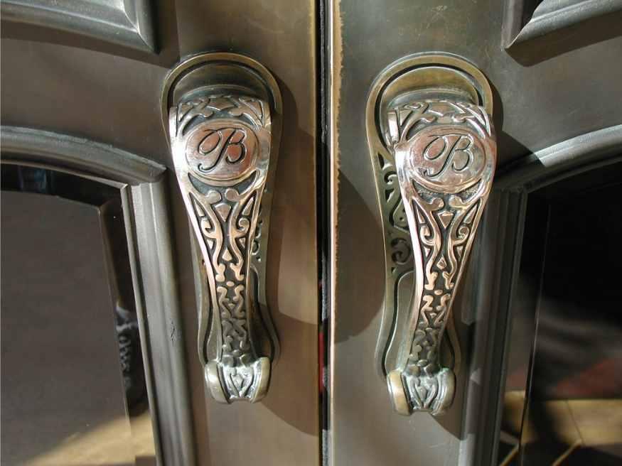 Bellagio Hotel Door Handle made from bronze